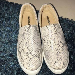 Snake Design SlipOn Shoes